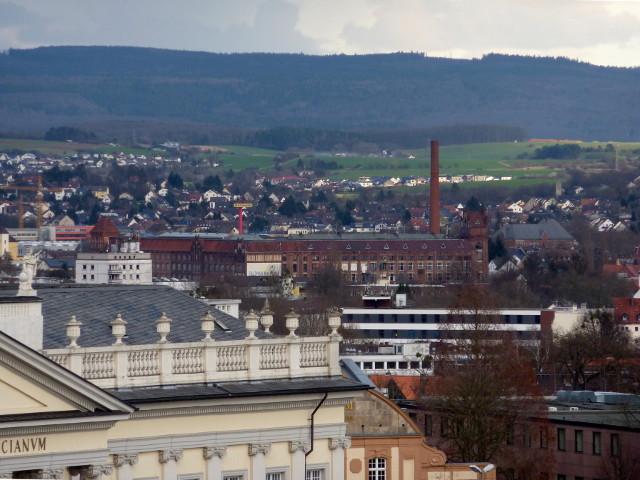 Die Salzmann-Fabrik vom FRK-Balkon aus gesehen (2016-03-29)